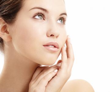 Proteger tu piel en verano es fundamental para lucir hermosa.