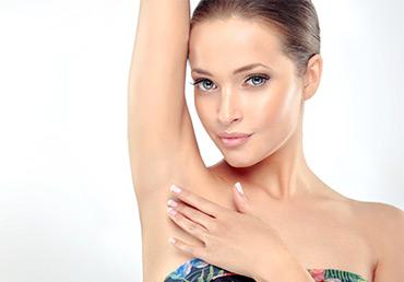 En Otoño y en cualquier época,la depilación láser es la solución a las manchas de las axilas.