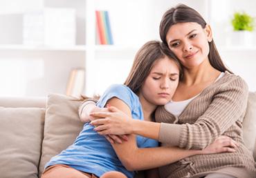 Por qué son importantes los chequeos hormonales en menores de edad